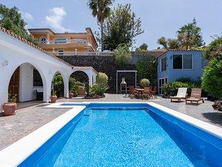 Villa Marina - vistas de mar y montana