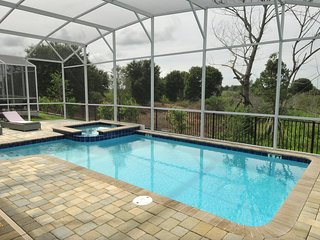 Brand New! A Sweet Vacation Home 15 min to Disney