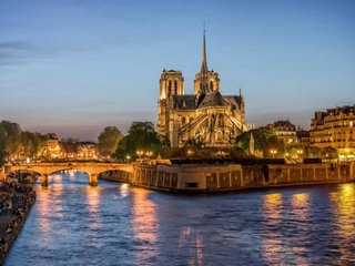 RARE!Paris 4th CITE ISLAND Notre Dame-SUPERB VIEWS