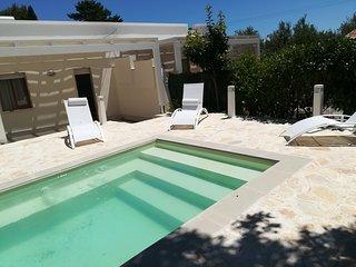 Wonderful Mediterranean villa opposite the sea. Free WiFi
