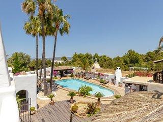 Cala Bassa Villa Sleeps 12 with Pool and Air Con - 5807226