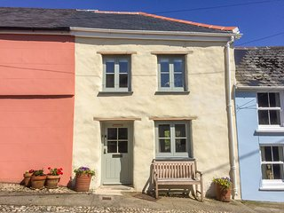 MARY'S HOUSE, woodburner, enclosed garden, period features, Mylor Bridge