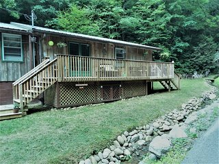 ❀LOVELY 3/2 DOG-FRIENDLY CABIN IN GATLINBURG'S POPULAR ARTS & CRAFTS COMMUNITY❀