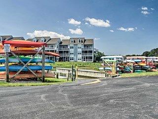 Ocean View Condo w/ Pool & Golf Course Access