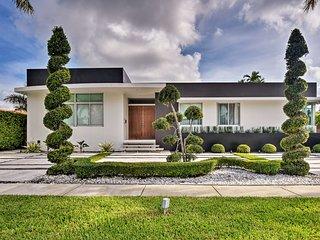 NEW-Modern Miami Villa Oasis w/Private Pool, Patio