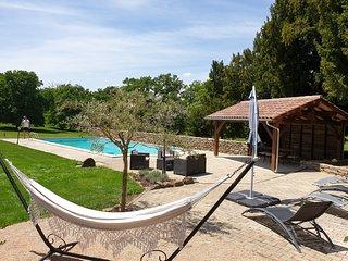 Gite 8 personnes piscine privée proche de Rocamadour Padirac