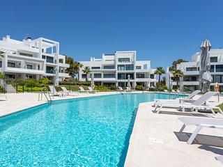 Terraces of Atalaya Apartment, con terraza y AC