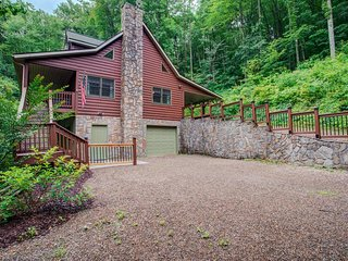 A Piper's Glen: Private mountain home, right outside Waynesville, short drive to