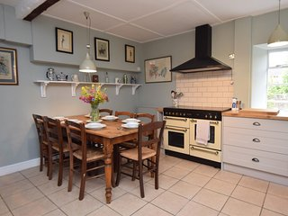 75576 Cottage situated in Langport (2.5 mls S)