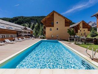 Appartement dans le coeur du Queyras | Acces piscine et casiers a skis