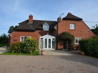 75518 House situated in Shrewsbury (7.5mls NW)