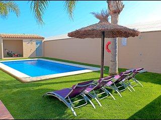 Estupenda casa con piscina