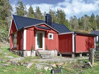 Stunning home in Kallinge w/ 1 Bedrooms