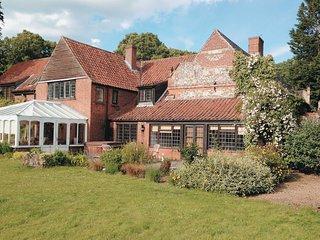 Hobbis House- E5542