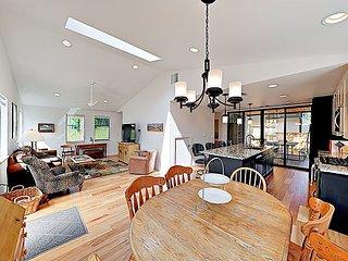Unit A   Stylish Newly Built East Austin Home   Near Downtown & River