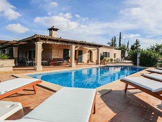 Blaypetit - Tolles Ferienhaus mit Pool und grossem Garten