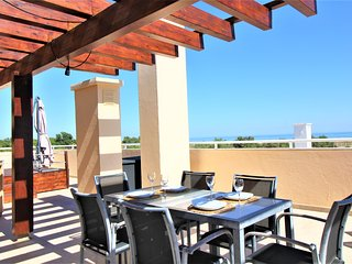 Cabanas Gardens - 2Bed Penthouse with Pool View - WPCG 52