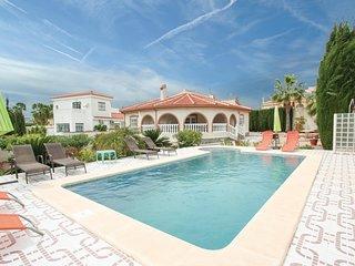 Nice home in Ciudad Quesada w/ Outdoor swimming pool, Outdoor swimming pool and