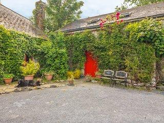 RYAN'S LOFT, cosy studio accommdation, on a working farm home to Connemara