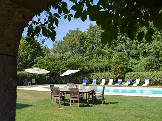 Saint-Romain Chateau Sleeps 20 with Pool and Air Con - 5395012