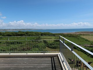 Lervily Holiday Home Sleeps 10 with Free WiFi - 5714902