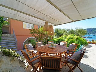 5 bedroom Villa with Air Con and WiFi - 5807278