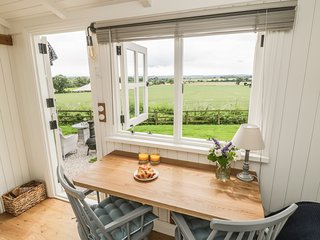 BELLWETHER, WiFi, open-plan, near Helmsley