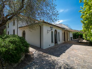 8 bedroom Villa with Pool and WiFi - 5807253
