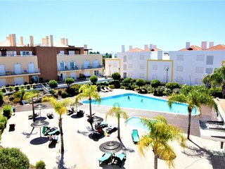 Cabanas Gardens - 2Bed Penthouse with Pool View - WPCG 53