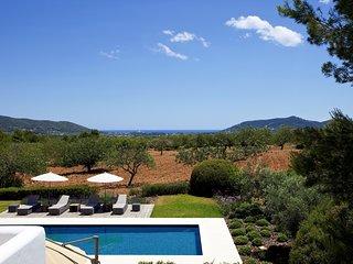 Port de Sant Miquel Villa Sleeps 12 with Pool and Air Con - 5807382