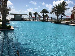 Loue appartement de luxe 6/8 personnes(DBC) refait a neuf apres Irma.