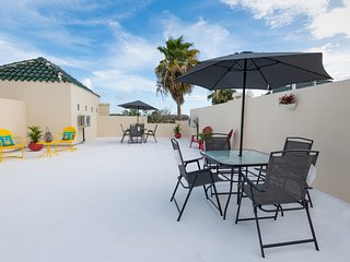 Boqueron Bay Villas 1005 3 bedroom, 2 bath walk-up penthouse w/open terrace,WiFi