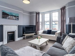 Preston Sands Apartment, Paignton