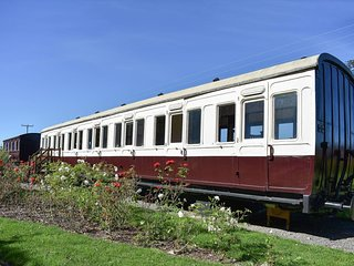 Railway Carriage Two - E5601