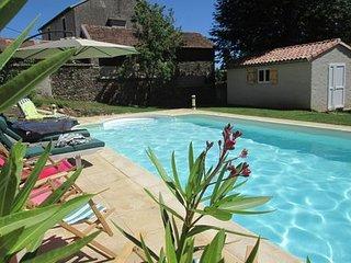 L'Annexe: gîte avec piscine privative