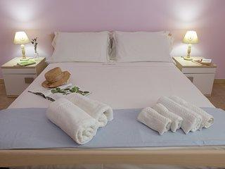 CasaClaudia, elegante appartamento a 450 metri dal mare con aria condizionata