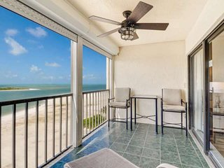 Steps to Beach! Panoramic Gulf Views from 9th Floor, Bikes & Beach Gear, Free Pa