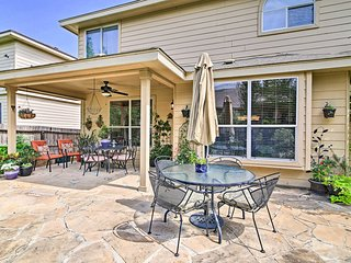 Home w/ Patio, Mins to SeaWorld+Lackland AFB!