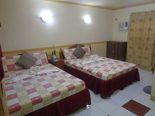 D Lucky Garden Inn Family Room 8