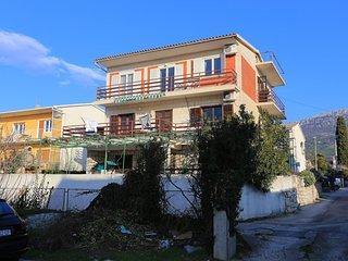 Three bedroom apartment Kastel Stari (Kastela) (A-16344-b)