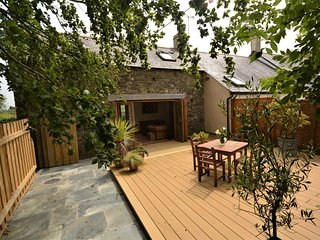 75541 Cottage situated in Langtree