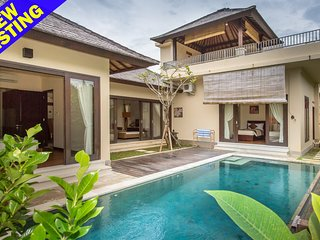 Kinori,2 Bedroom Villa with 180 Degrees View near Uluwatu;