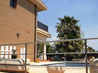 P-0033 Casa Arenal Lidia