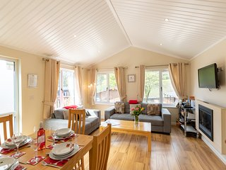Robin View Lodge, Limefitt Holiday Park