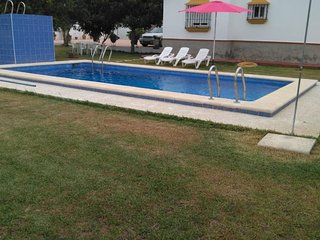 Villa with private pool and barbecue