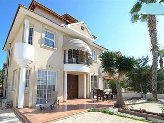 holiday villa with private pool and close to beach in Oroklini