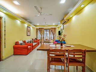 Homely 3 BHK, 260 m from Miramar Beach
