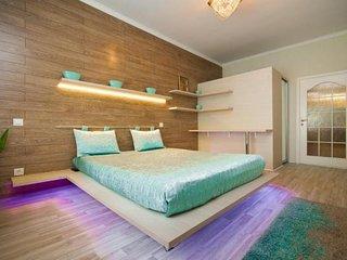 Two bedrooms on Stefan Cel Mare street