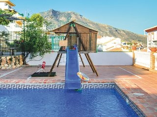 Awesome apartment in Benalmadena w/ Outdoor swimming pool, WiFi and Outdoor swim