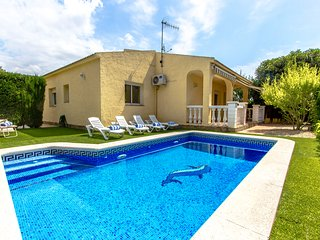 Catalunya Casas: Pleasing Villa Jolie in Calafell, just 4 km to the beach!